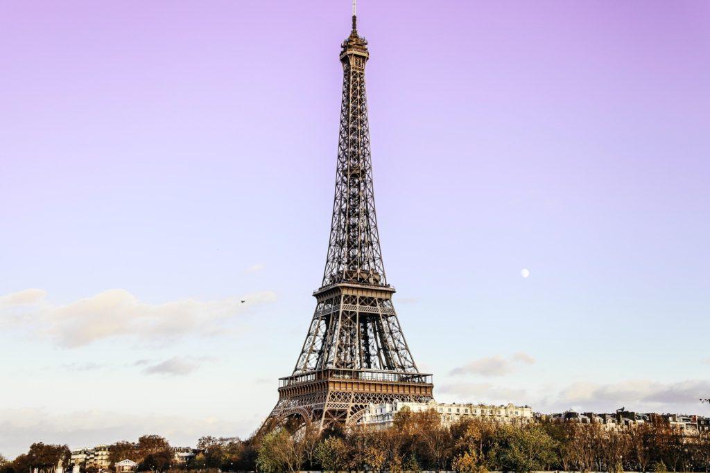 Wieża Eiffla wParyżu