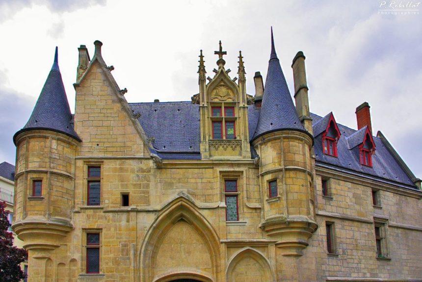 Paryż Średniowieczny  – Hôtel de Sens