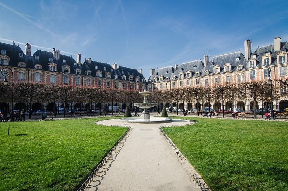 Paryskie place | czyznacie najciekawsze place wParyżu?